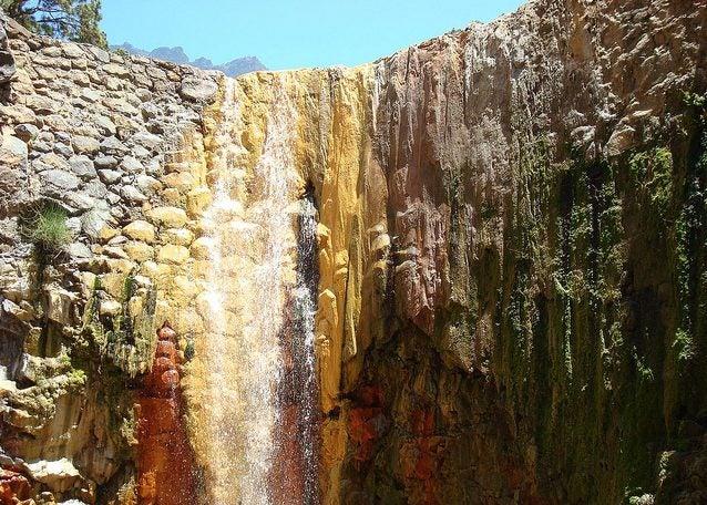 Cascada de Colores en La Palma