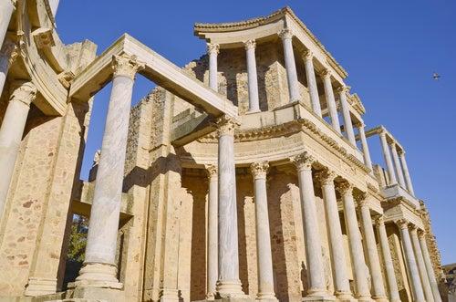 Frontal del teatro romano de Mérida