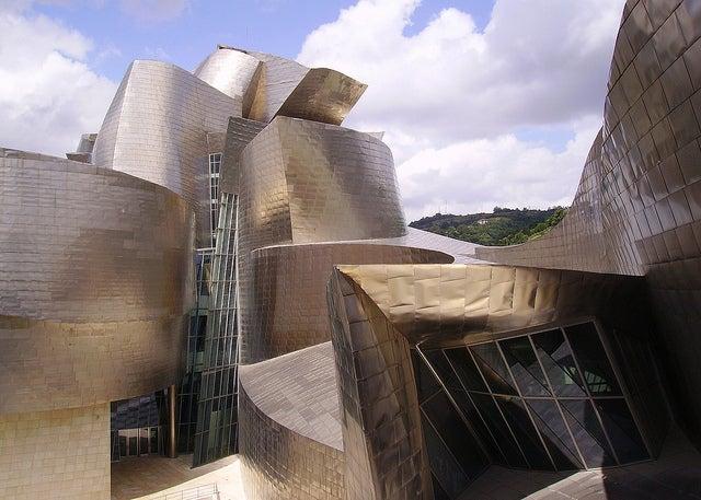 Detalle del exterior del Museo Guggenheim de Bilbao
