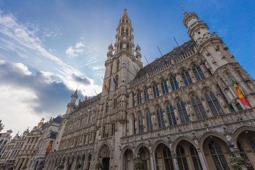 Fachada del ayuntamiento de Bruselas