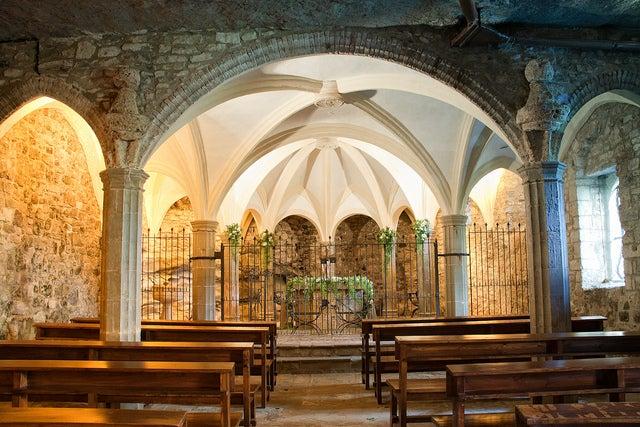 Iglesia de San Miguel de Fay