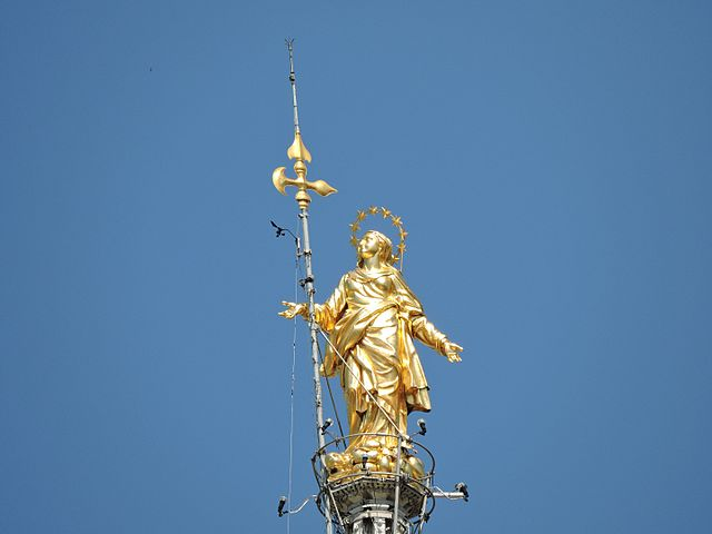 Madoninna en la catedral de Milán