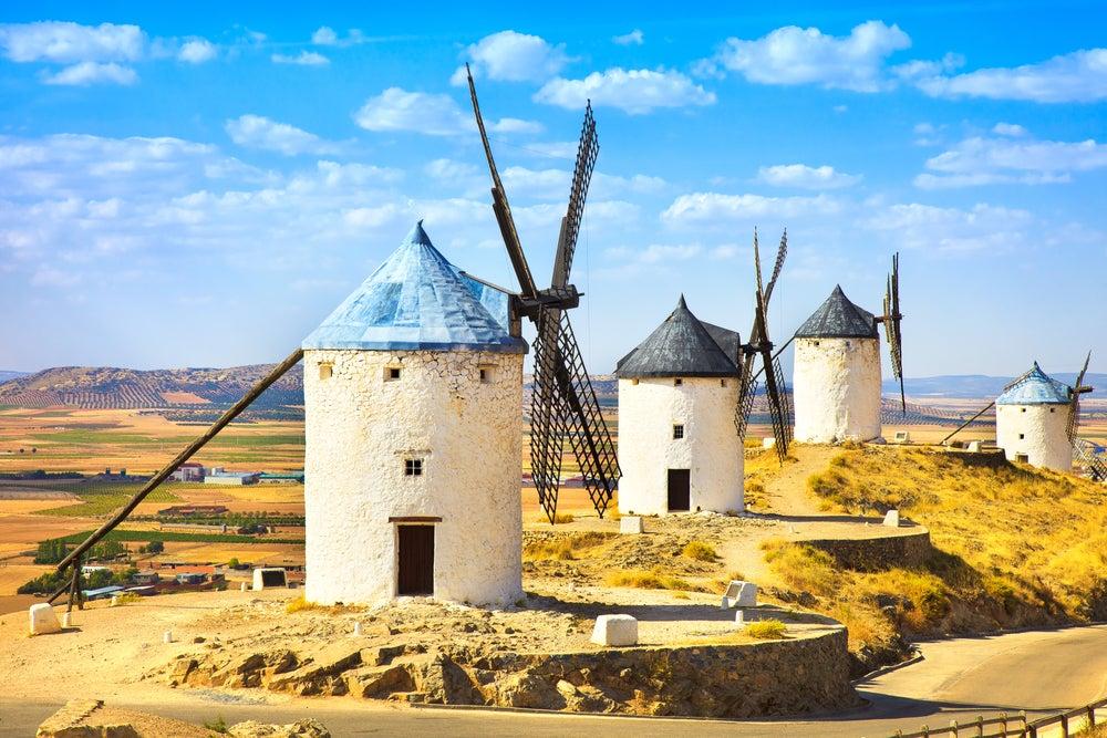 Dónde ver los molinos de viento de La Mancha