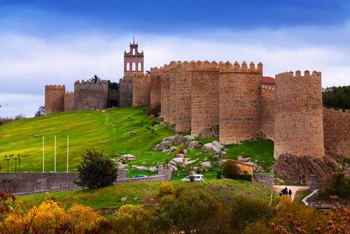 Muralla de Ávila, uno de los monumentos españoles más bonitos