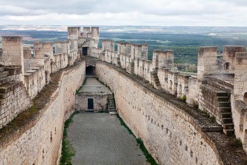 Patio del castillo de Peñafiel