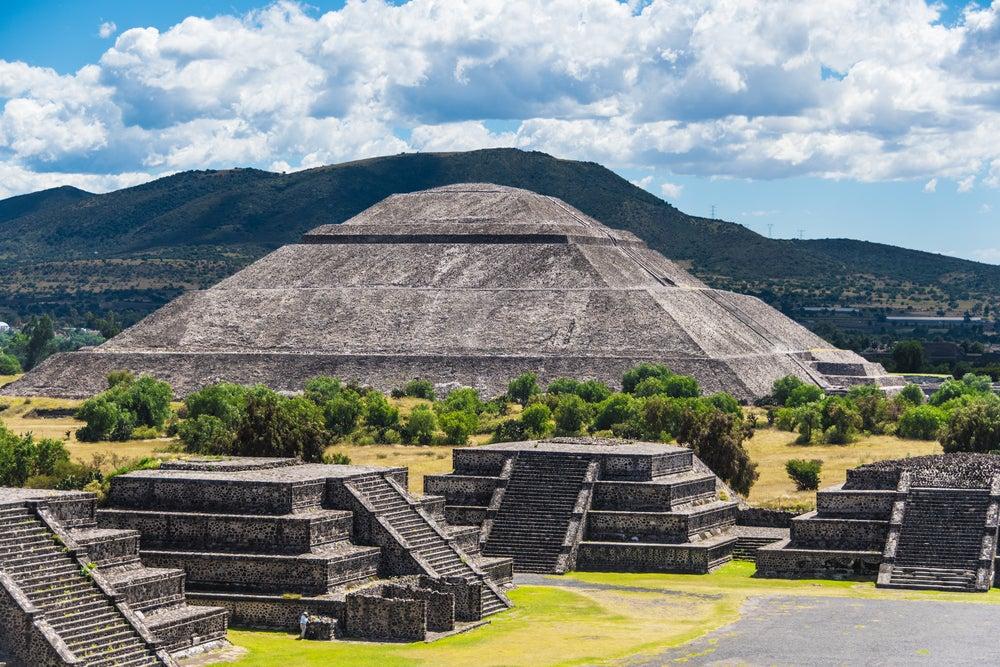 Cómo llegar a Teotihuacán, un tesoro prehispánico en México