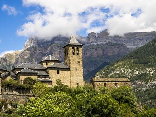 Torla, uno de los pueblos en la montaña de Huesca