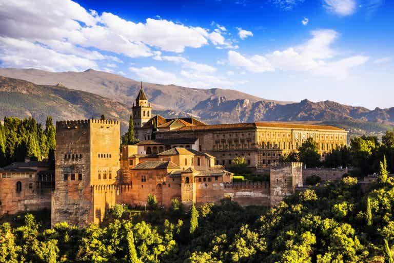 Visitamos los 5 lugares más turísticos de España