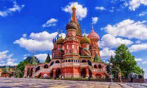 Un paseo por la historia de la catedral de San Basilio de Moscú