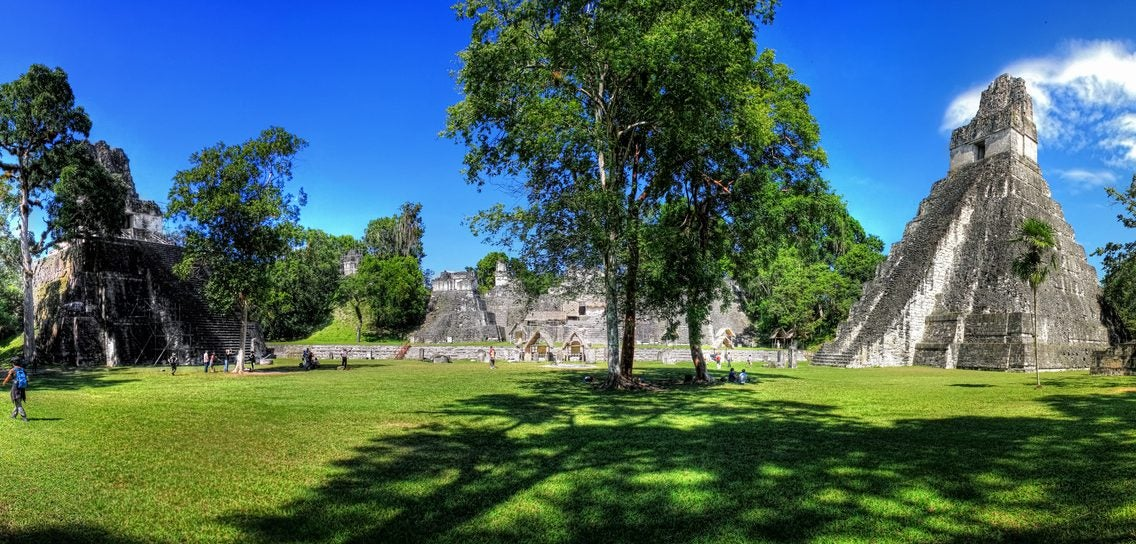 Gran Plaza de Tikal