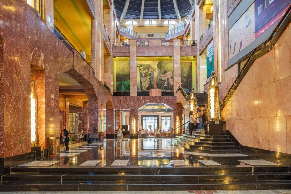 Hall del Palacio de Bellas Artes de México