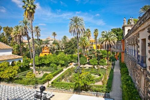 Planes románticos: jardín del Alcázar de Sevilla