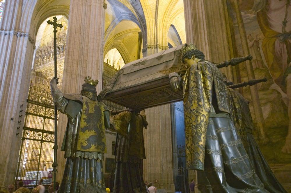 Mausoleo de colón en la catedral de Sevilla