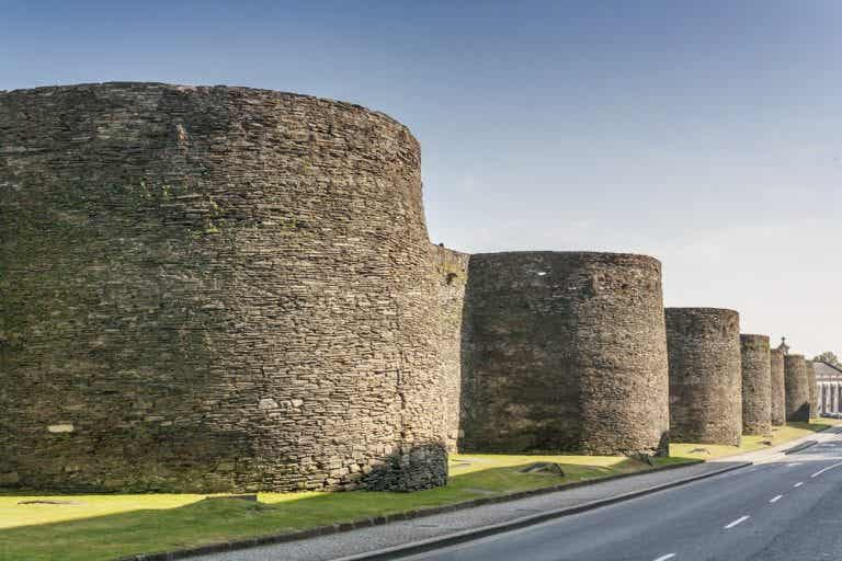 Qué se puede ver y hacer cerca de la muralla de Lugo
