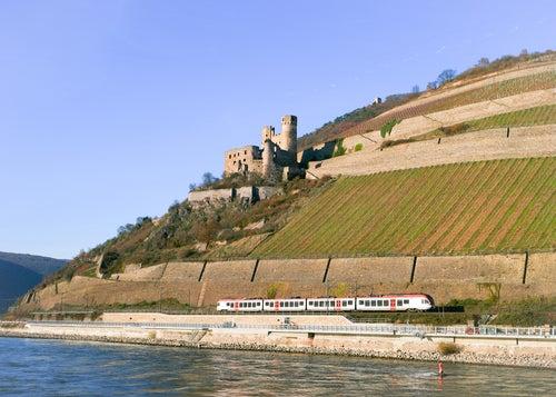 Tren en Rudesheim