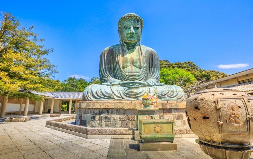 Visitamos el singular templo Kotokuin en Japón