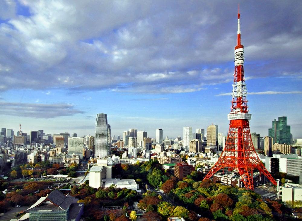 De Tokio a otras grandes ciudades: cómo llegar y qué ver