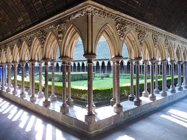 Claustro de la abadía de Mont Saint-Michel