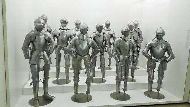 Armaduras en el Museo del Ejército