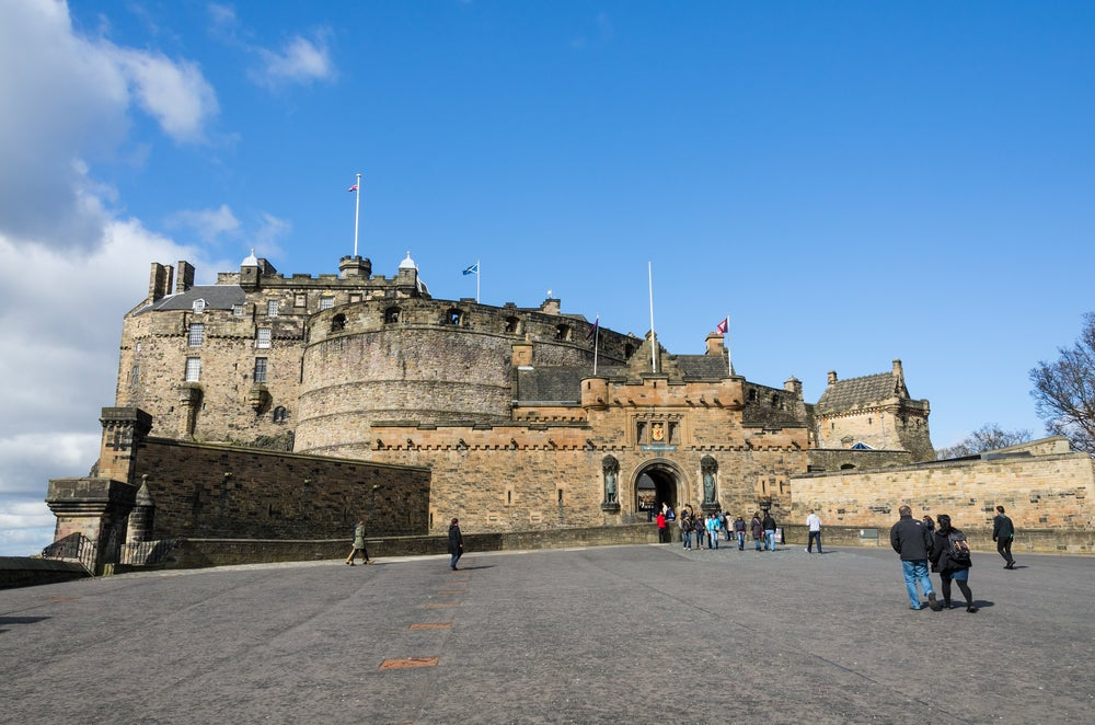 Llegar al castillo de Edimburgo, entrada