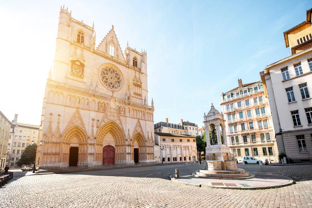 Catedral de San Juan Bautista en Vieux Lyon