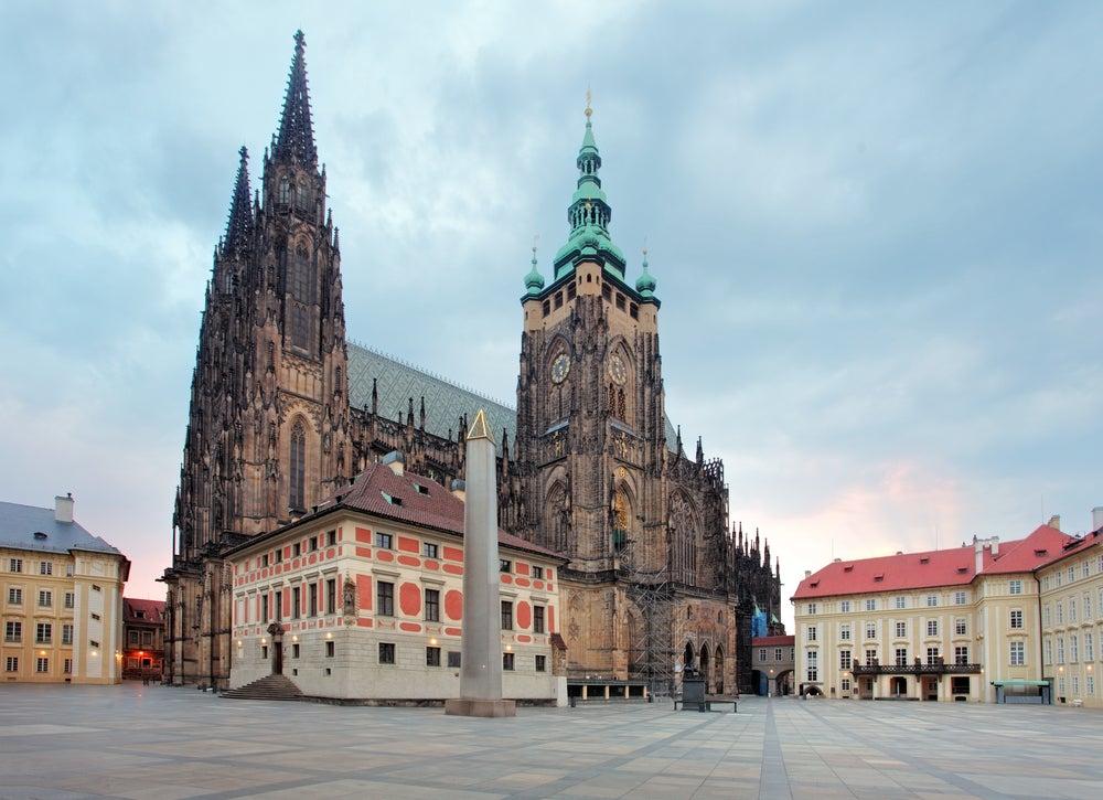 Lugares cerca de la catedral de San Vito de Praga que debes conocer
