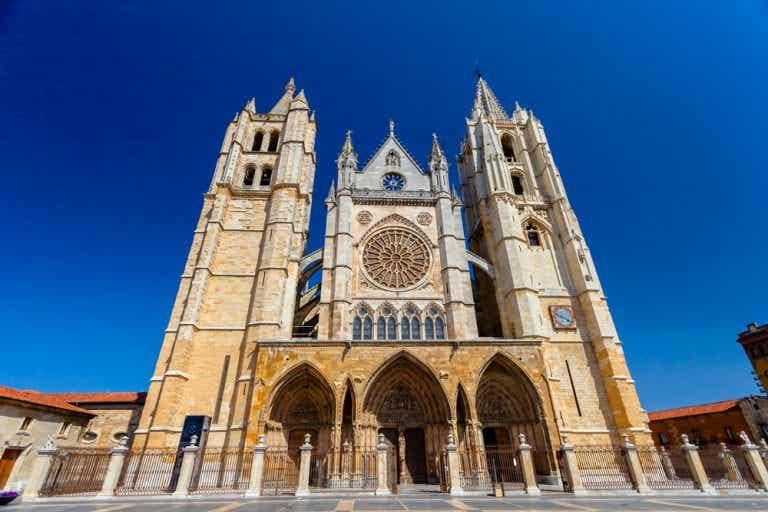 Las maravillosas vidrieras de la catedral de León