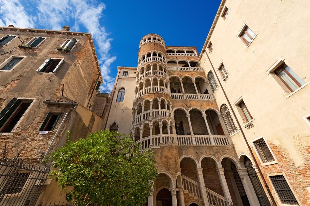 Escalera del Palacio Contarini de Venecia