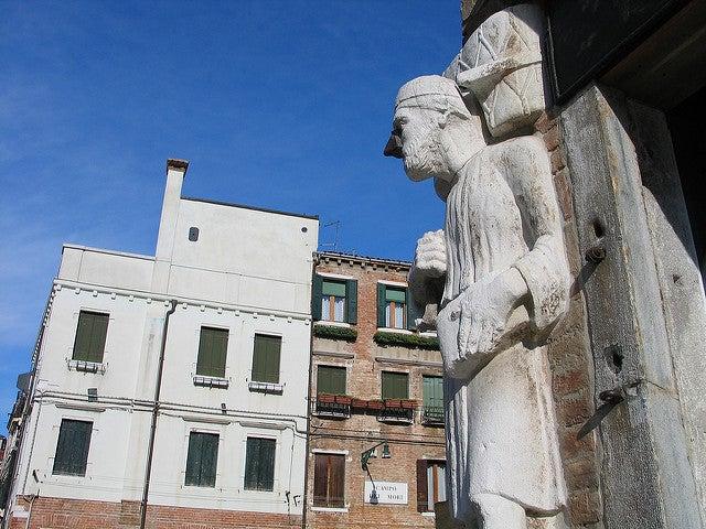 Estatua de Antonio Rioba en Venecia