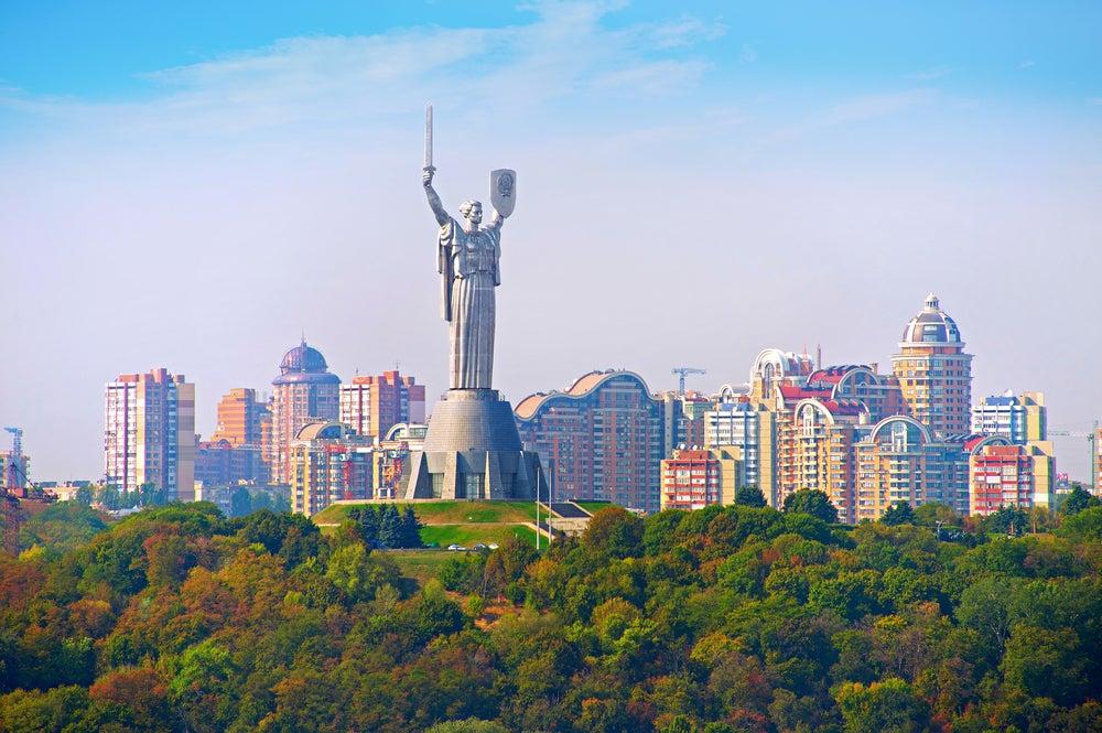 Estatua de la Madre Patria en Kiev