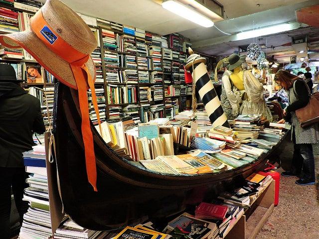Librería Acqua alta, uno de los rincones secretos de Venecia