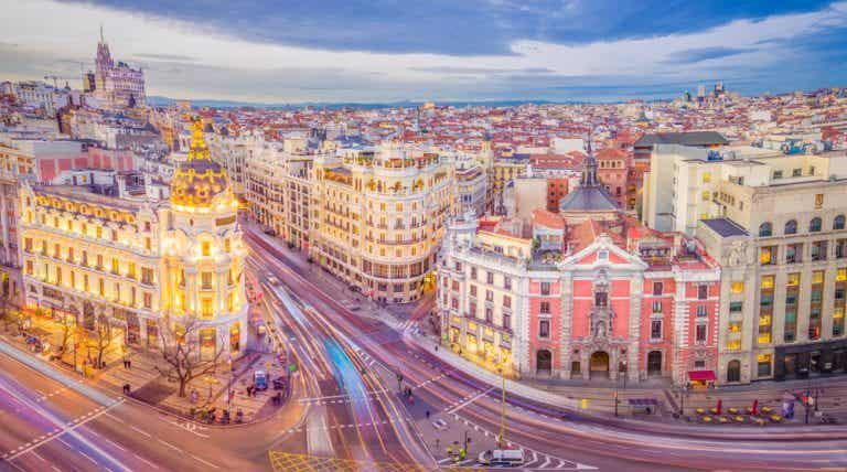 Echa un vistazo a los mejores locales de copas de Madrid