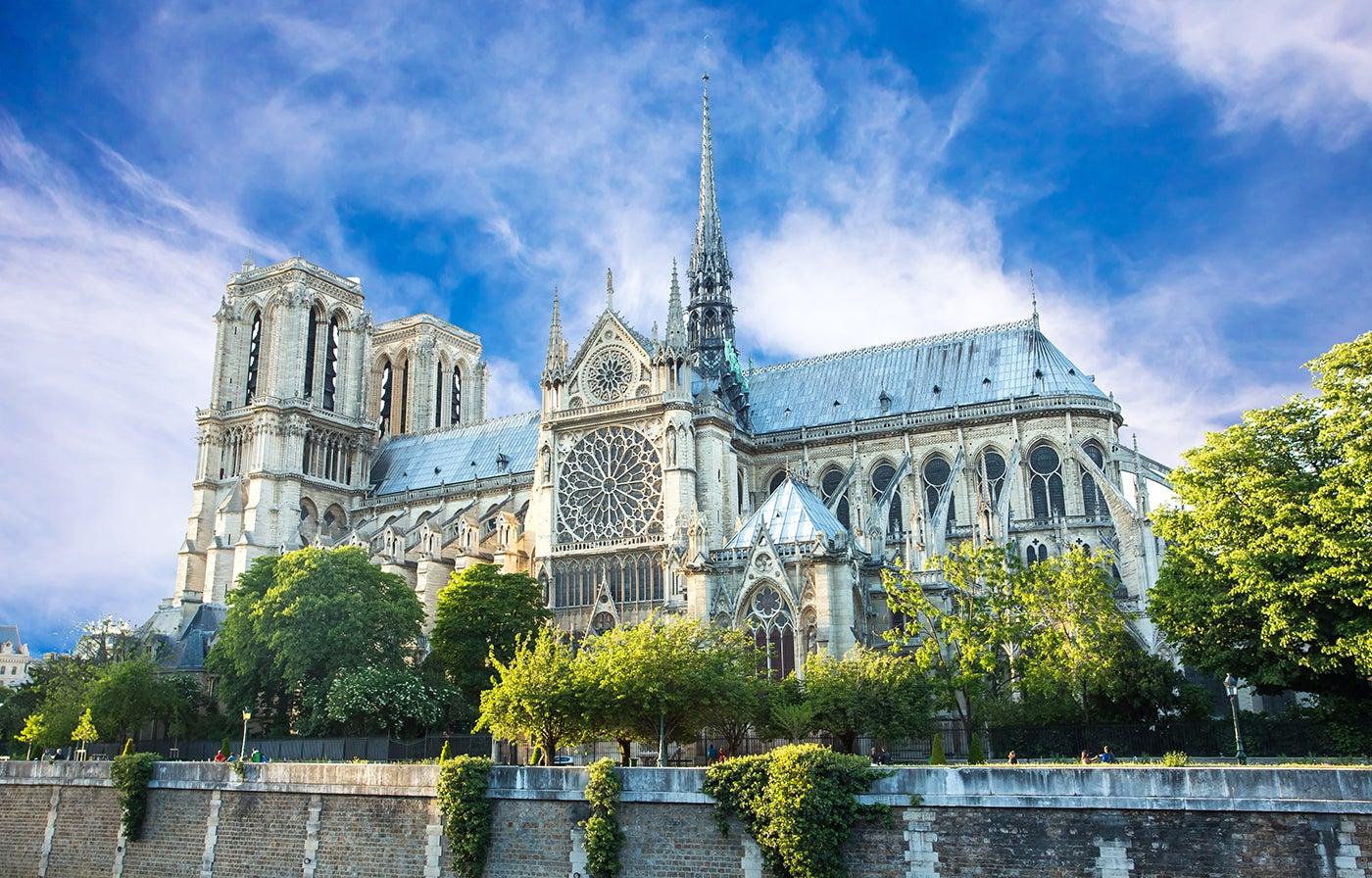 Notre Dame unod e los edificios para visitar con la Paris Pass