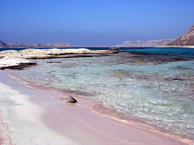 Playa rosa de Balos en Creta