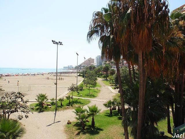 Playa de Torre Bermeja en Benalmádena