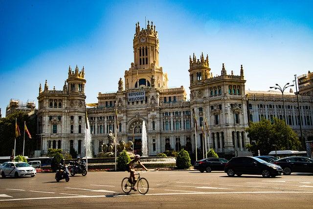 Madrid en bici, Plaza de Cibeles