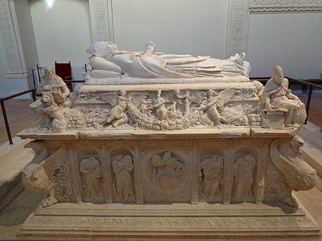 Sepulcro del Cardenal Cisneros en Alcalá