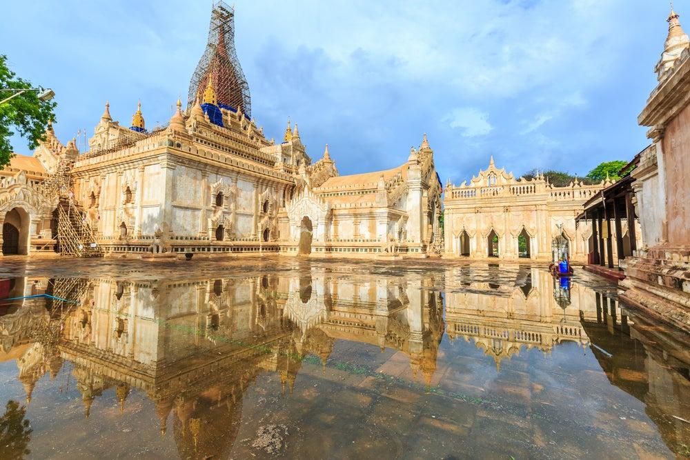 Vista del templo Ananda