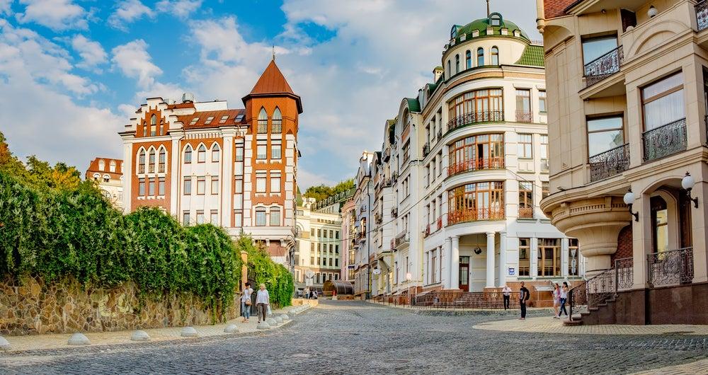 Ukainian Montmartre cerca de la catedral de Santa Sofía de Kiev