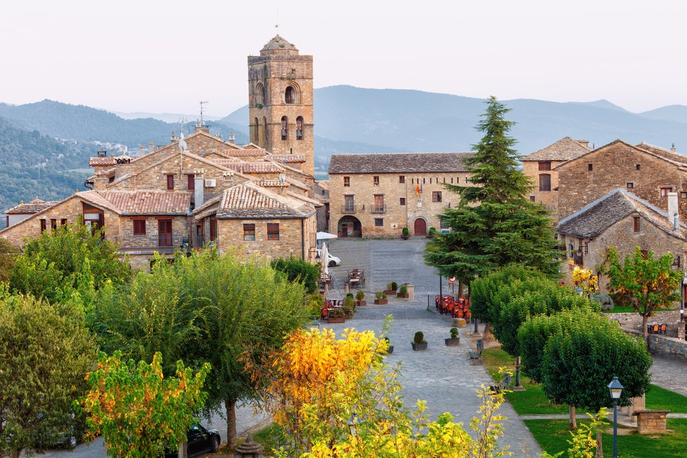 Aínsa en el Pirineo de Huesca