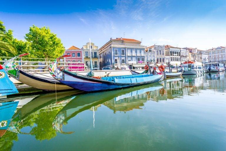 Recorre los canales de Aveiro en Portugal