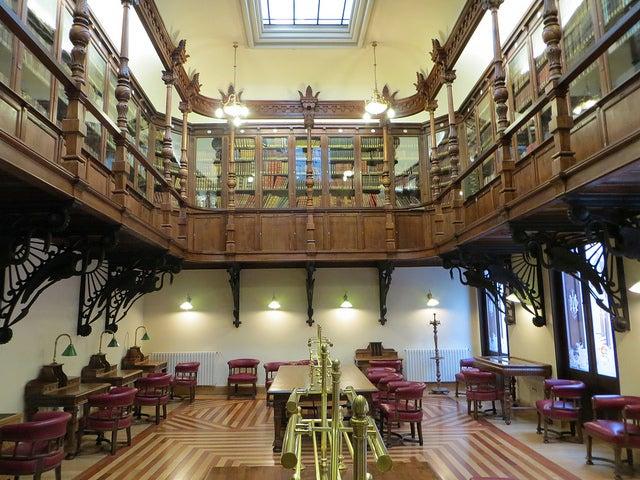 Biblioteca del Real Casino de Murcia