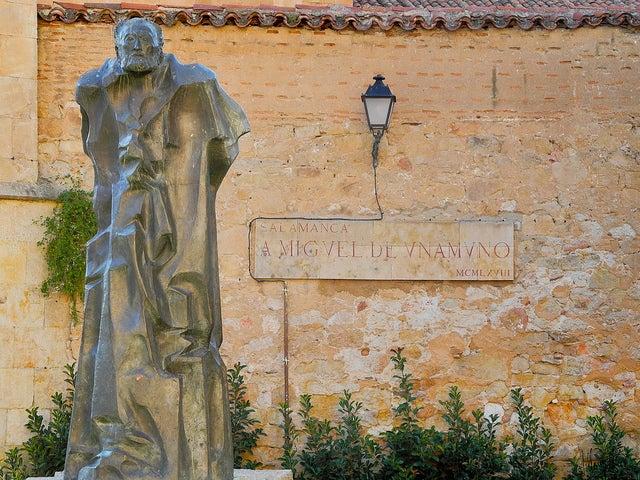 Estatua deMiguel de Unamuno en Salamanca