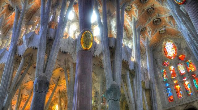 Interior de la Sagrada Familia de Barcelona