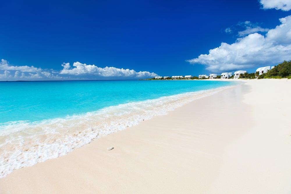 Isla Anguila en el Caribe