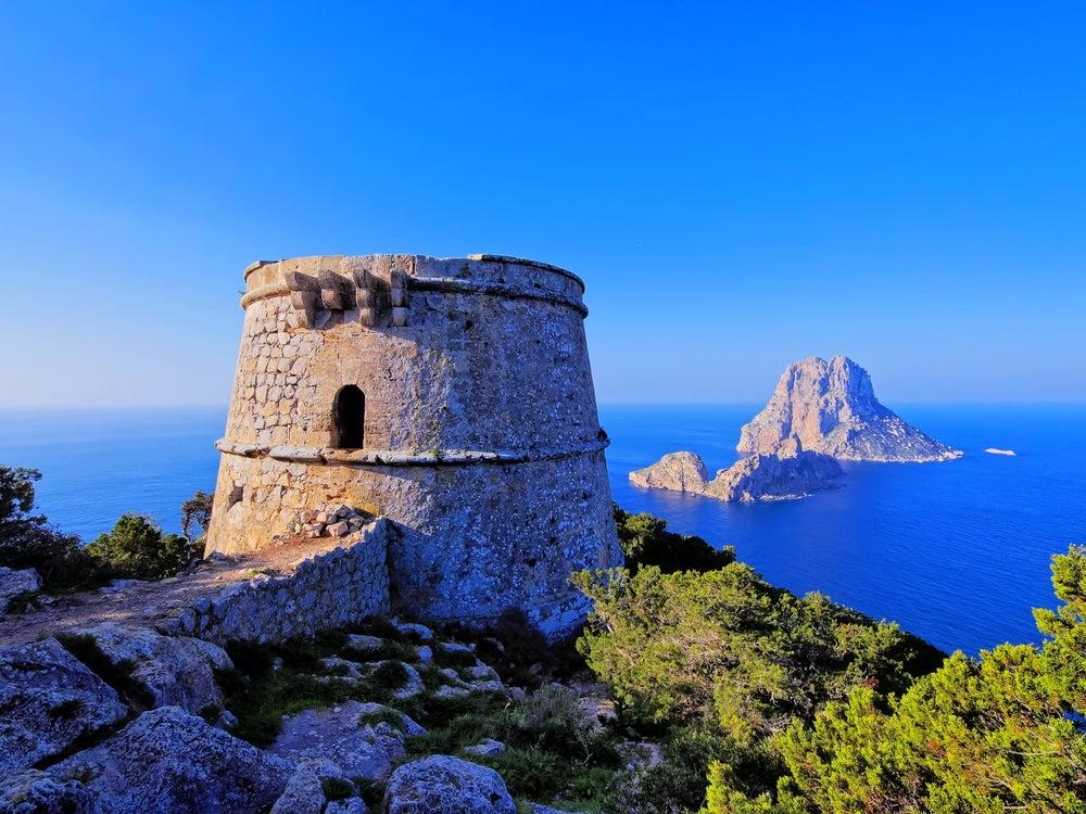 La isla de Ibiza, mucho más que una isla de fiestas