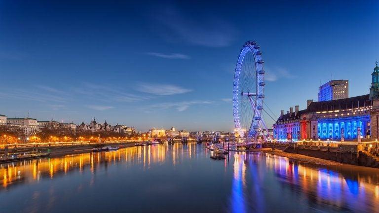 Descubre todos los atractivos de Londres por la noche