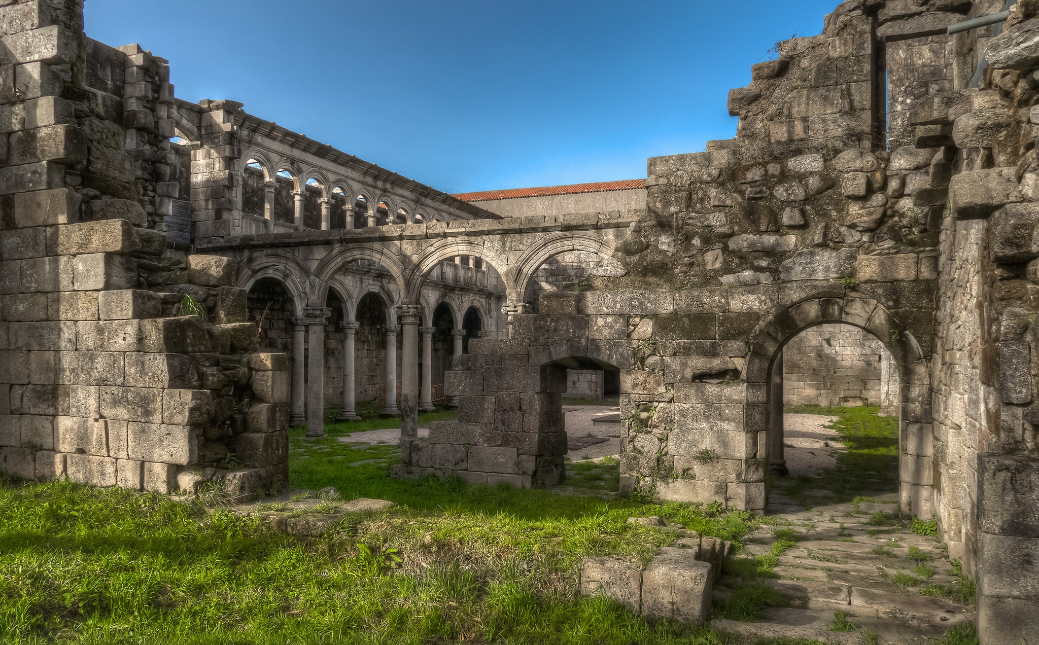 10 monasterios abandonados de España que deberías conocer