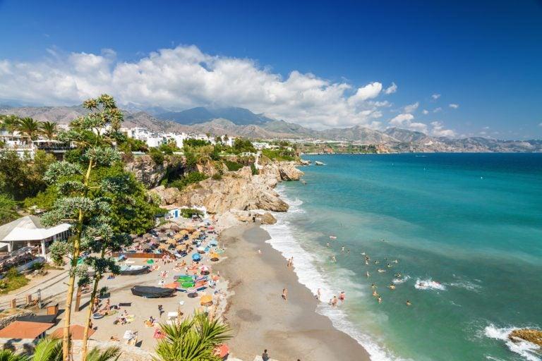 Te llevamos a las mejores playas de la Costa del Sol