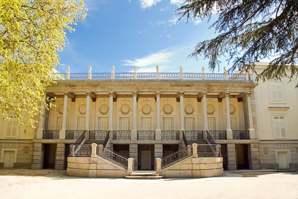 Palacete en el Parque de El Capricho de Madrid